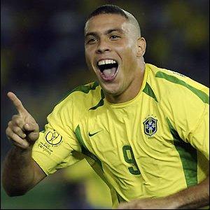 Ronaldo langer ud efter Alex Ferguson